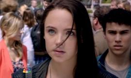 Crisis.S01E01.720p.HDTV_.X264-DIMENSION.mkv_snapshot_02.29_2015.01.04_19.26.38