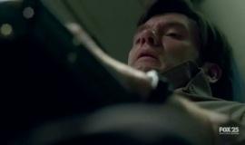 Fringe-1x01-Pilot-Pilot_013