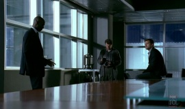 1_Fringe-1x03-The-Ghost-Network_241