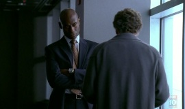 1_Fringe-1x03-The-Ghost-Network_251
