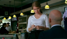 Fringe-1x04-The-Arrival_013