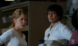 Fringe-1x04-The-Arrival_036