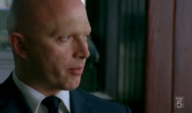 Fringe-1x04-The-Arrival_037