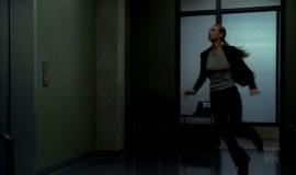 1_Fringe-1x05-Power-Hungry_241