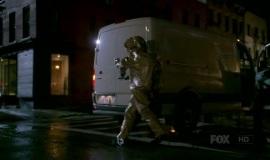 Fringe-1x06-The-Cure_005