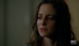 Fringe-1x06-The-Cure_015