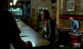 Fringe-1x06-The-Cure_017