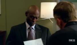 Fringe-1x07-In-Which-We-Meet-Mr.-Jones_024