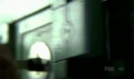 Fringe-1x08-The-Equation_005