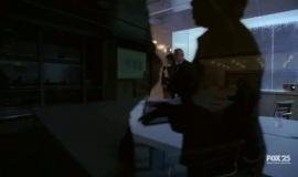 Fringe-1x09-The-Dreamscape_015