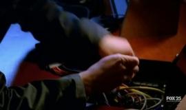 Fringe-1x10-Safe_010